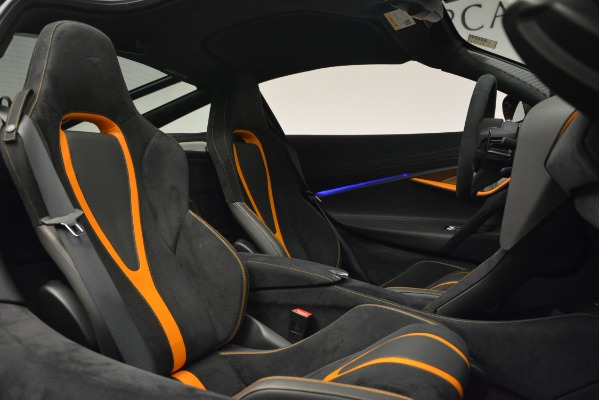 Used 2018 McLaren 720S Coupe for sale Sold at Alfa Romeo of Greenwich in Greenwich CT 06830 22