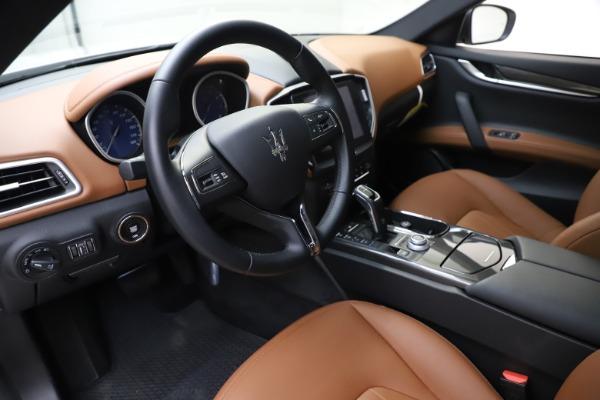 New 2019 Maserati Ghibli S Q4 for sale $91,630 at Alfa Romeo of Greenwich in Greenwich CT 06830 13