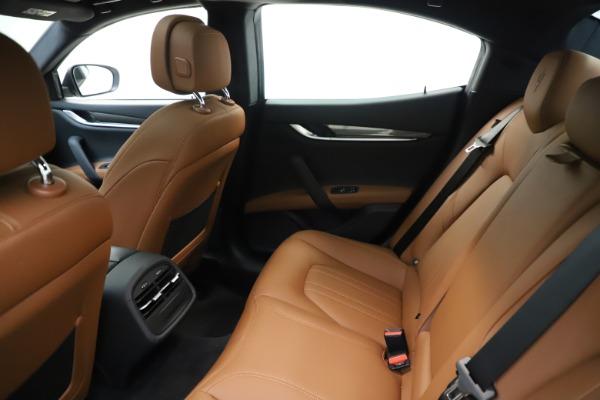 New 2019 Maserati Ghibli S Q4 for sale $91,630 at Alfa Romeo of Greenwich in Greenwich CT 06830 19
