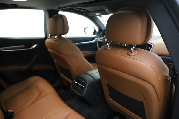 New 2019 Maserati Ghibli S Q4 for sale $91,630 at Alfa Romeo of Greenwich in Greenwich CT 06830 28