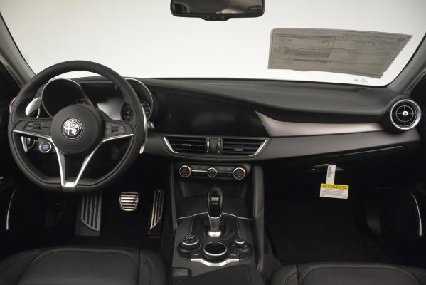 New 2019 Alfa Romeo Giulia Sport Q4 for sale Sold at Alfa Romeo of Greenwich in Greenwich CT 06830 16