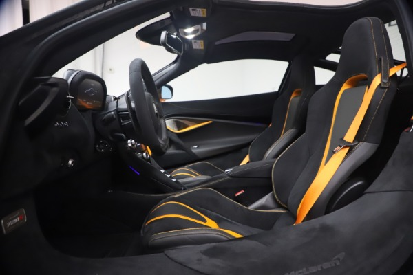 New 2019 McLaren 720S Coupe for sale Sold at Alfa Romeo of Greenwich in Greenwich CT 06830 18