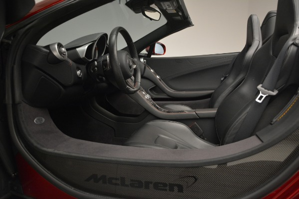 Used 2015 McLaren 650S Spider for sale Sold at Alfa Romeo of Greenwich in Greenwich CT 06830 25