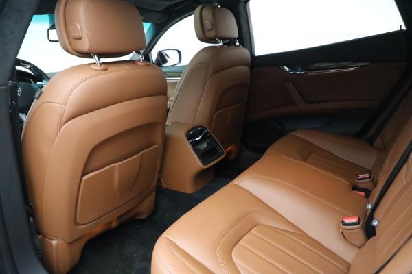 Used 2015 Maserati Quattroporte S Q4 for sale $42,900 at Alfa Romeo of Greenwich in Greenwich CT 06830 15