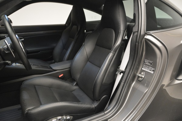 Used 2015 Porsche 911 Turbo S for sale Sold at Alfa Romeo of Greenwich in Greenwich CT 06830 16