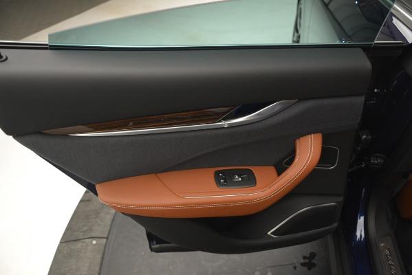 New 2019 Maserati Levante Q4 GranLusso for sale Sold at Alfa Romeo of Greenwich in Greenwich CT 06830 21