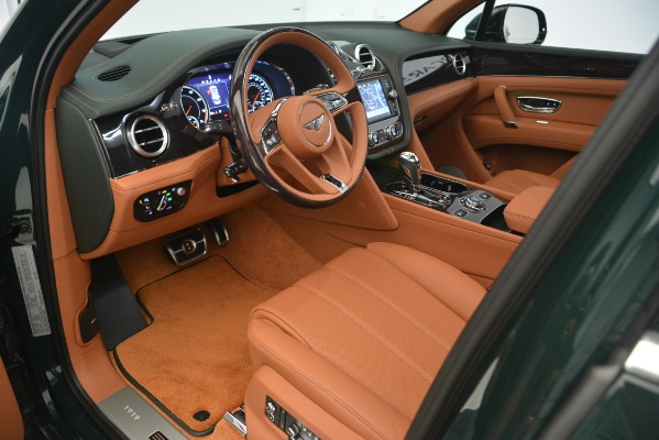 New 2019 Bentley Bentayga V8 for sale Sold at Alfa Romeo of Greenwich in Greenwich CT 06830 15