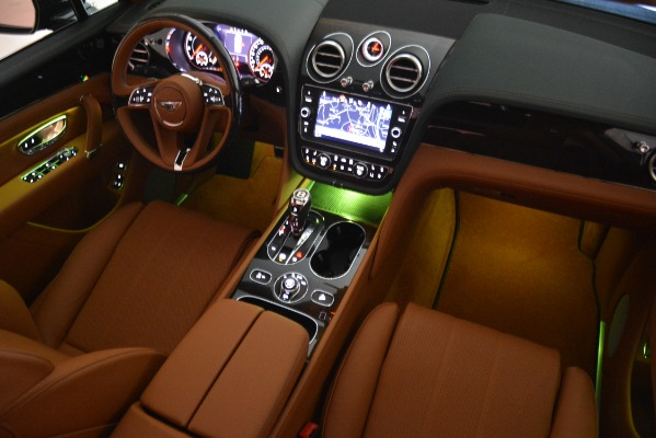 New 2019 Bentley Bentayga V8 for sale Sold at Alfa Romeo of Greenwich in Greenwich CT 06830 26