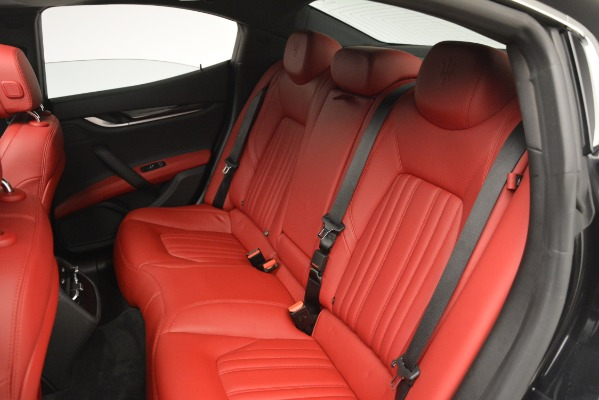 Used 2016 Maserati Ghibli S Q4 for sale Sold at Alfa Romeo of Greenwich in Greenwich CT 06830 20