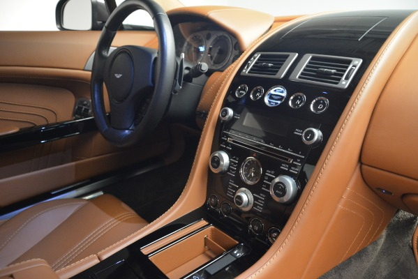 Used 2012 Aston Martin V8 Vantage S Coupe for sale Sold at Alfa Romeo of Greenwich in Greenwich CT 06830 17