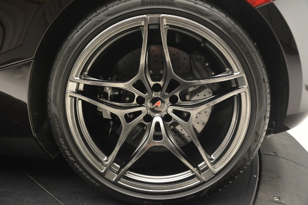 Used 2018 McLaren 720S Coupe for sale Sold at Alfa Romeo of Greenwich in Greenwich CT 06830 17