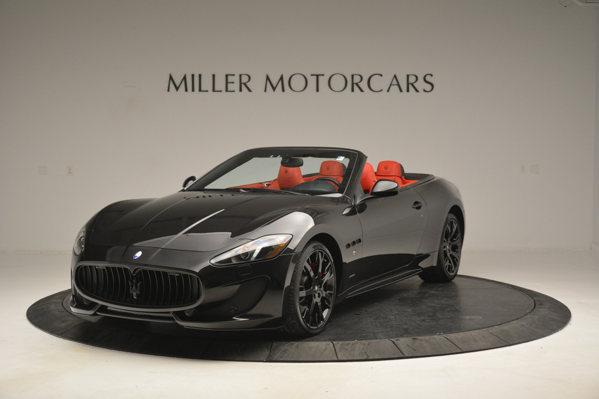 Used 2015 Maserati GranTurismo Sport for sale Sold at Alfa Romeo of Greenwich in Greenwich CT 06830 1