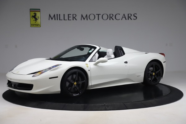 Used 2015 Ferrari 458 Spider for sale Sold at Alfa Romeo of Greenwich in Greenwich CT 06830 2