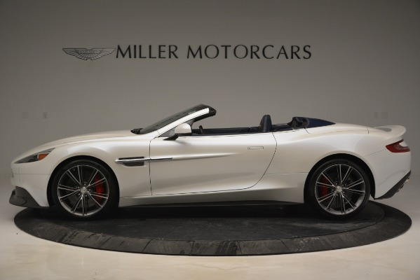Used 2015 Aston Martin Vanquish Convertible for sale Sold at Alfa Romeo of Greenwich in Greenwich CT 06830 3