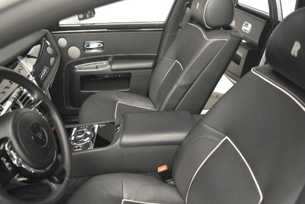 Used 2014 Rolls-Royce Ghost V-Spec for sale Sold at Alfa Romeo of Greenwich in Greenwich CT 06830 17