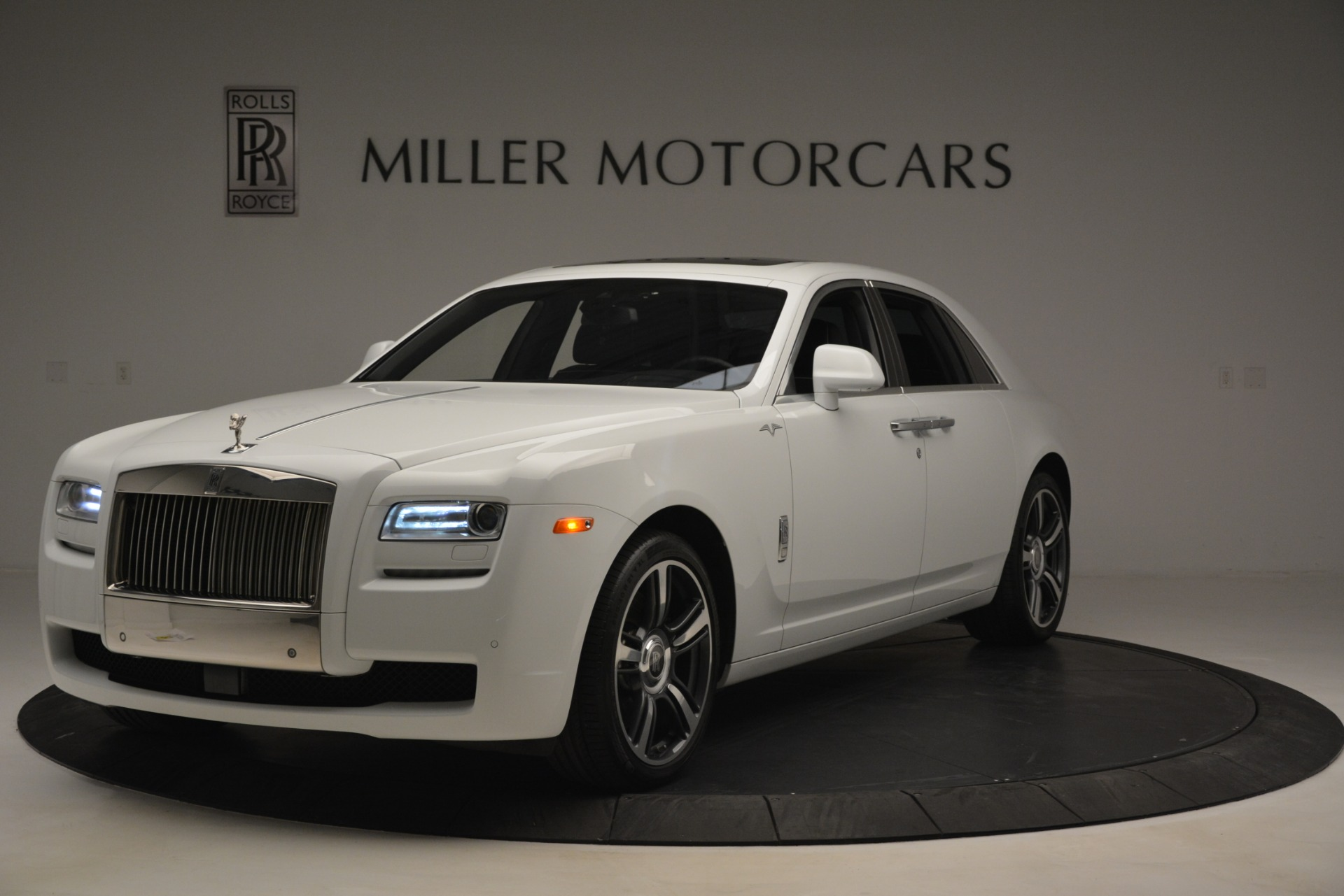 Used 2014 Rolls-Royce Ghost V-Spec for sale Sold at Alfa Romeo of Greenwich in Greenwich CT 06830 1