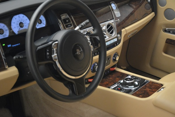 Used 2014 Rolls-Royce Ghost for sale Sold at Alfa Romeo of Greenwich in Greenwich CT 06830 14