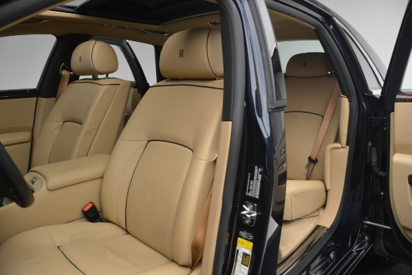 Used 2014 Rolls-Royce Ghost for sale Sold at Alfa Romeo of Greenwich in Greenwich CT 06830 17
