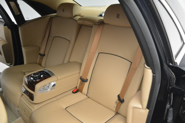 Used 2014 Rolls-Royce Ghost for sale Sold at Alfa Romeo of Greenwich in Greenwich CT 06830 21