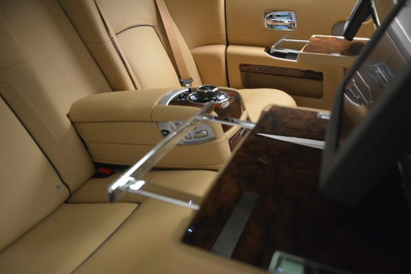 Used 2014 Rolls-Royce Ghost for sale Sold at Alfa Romeo of Greenwich in Greenwich CT 06830 24