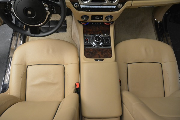 Used 2014 Rolls-Royce Ghost for sale Sold at Alfa Romeo of Greenwich in Greenwich CT 06830 27