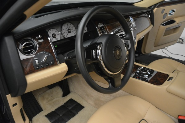 Used 2014 Rolls-Royce Ghost for sale Sold at Alfa Romeo of Greenwich in Greenwich CT 06830 28
