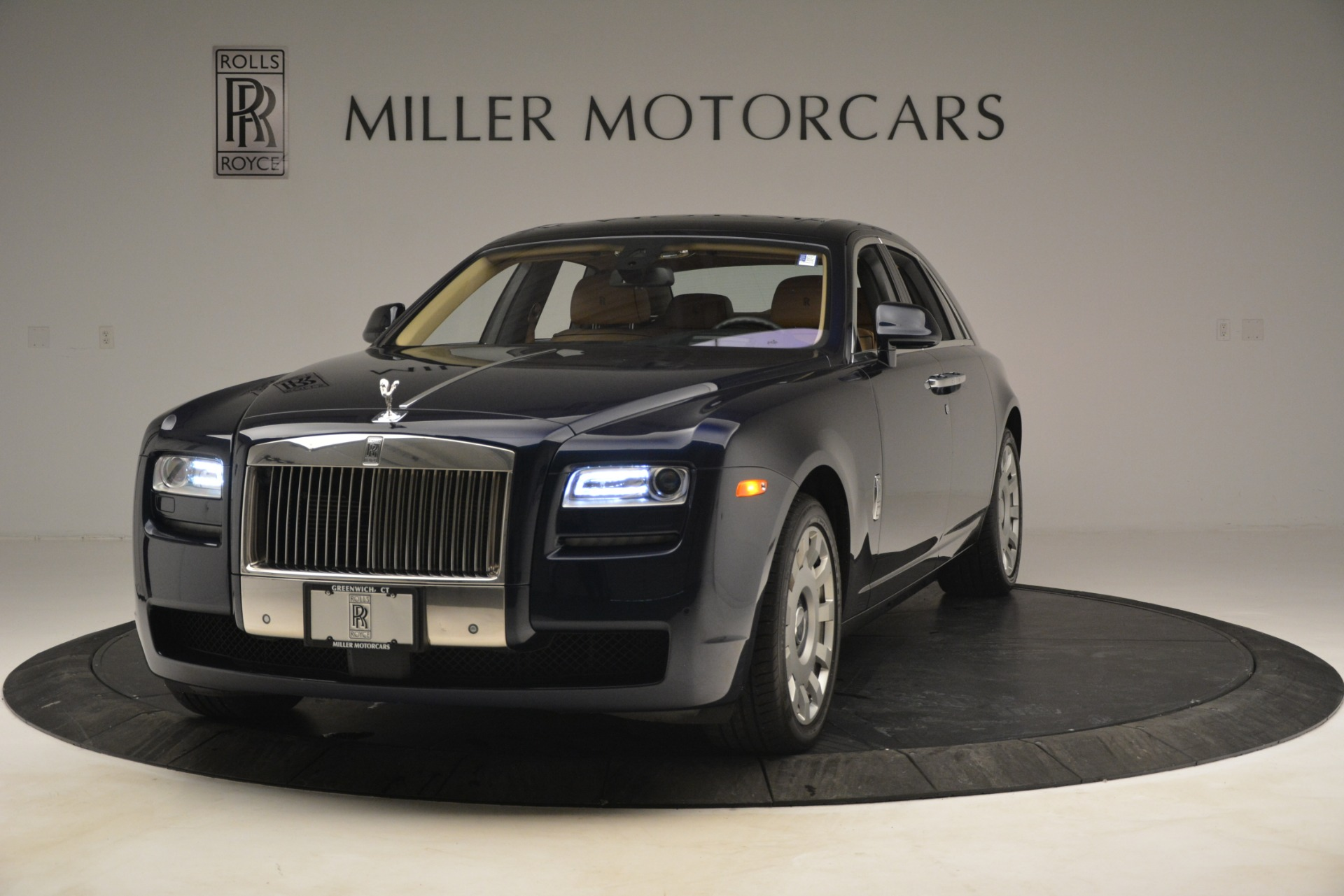 Used 2014 Rolls-Royce Ghost for sale Sold at Alfa Romeo of Greenwich in Greenwich CT 06830 1