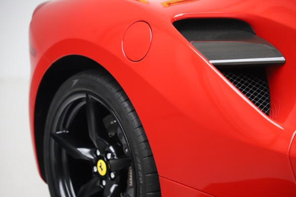 Used 2018 Ferrari 488 GTB for sale $245,900 at Alfa Romeo of Greenwich in Greenwich CT 06830 14