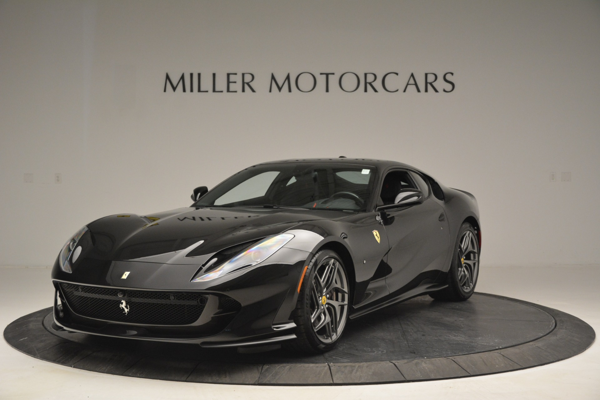 Used 2018 Ferrari 812 Superfast for sale $347,900 at Alfa Romeo of Greenwich in Greenwich CT 06830 1