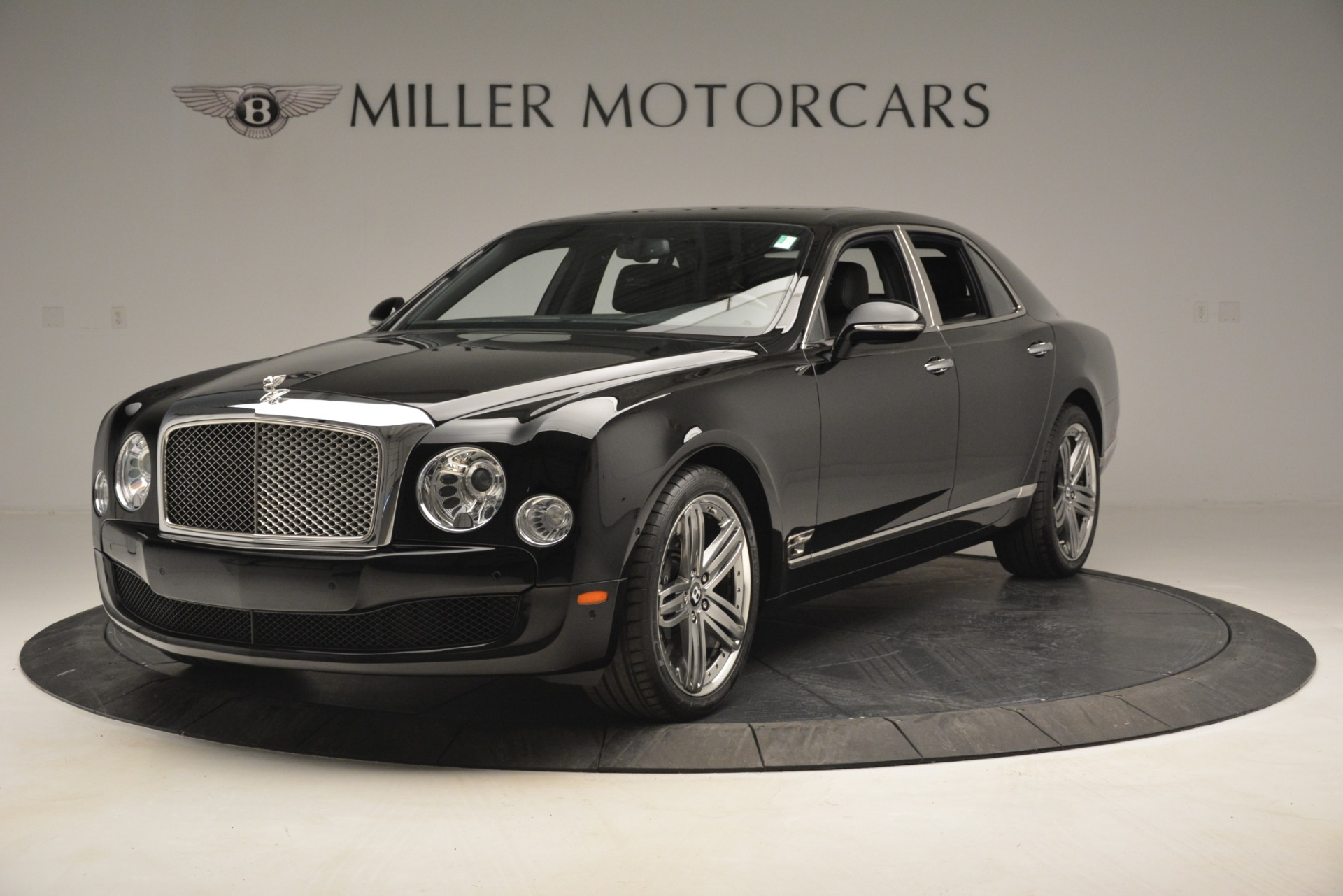 Used 2013 Bentley Mulsanne Le Mans Edition for sale Sold at Alfa Romeo of Greenwich in Greenwich CT 06830 1