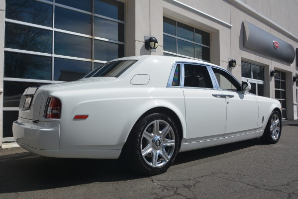Used 2014 Rolls-Royce Phantom for sale Sold at Alfa Romeo of Greenwich in Greenwich CT 06830 11