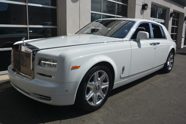 Used 2014 Rolls-Royce Phantom for sale Sold at Alfa Romeo of Greenwich in Greenwich CT 06830 2