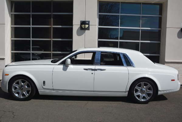 Used 2014 Rolls-Royce Phantom for sale Sold at Alfa Romeo of Greenwich in Greenwich CT 06830 4