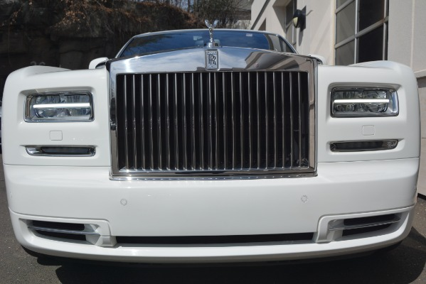 Used 2014 Rolls-Royce Phantom for sale Sold at Alfa Romeo of Greenwich in Greenwich CT 06830 7