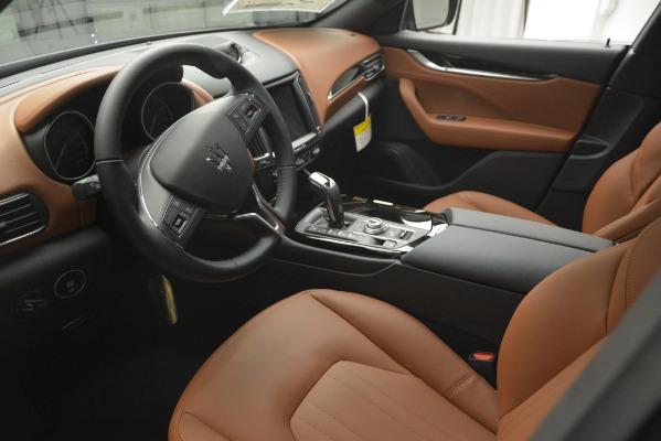 Used 2019 Maserati Levante Q4 for sale $59,900 at Alfa Romeo of Greenwich in Greenwich CT 06830 14
