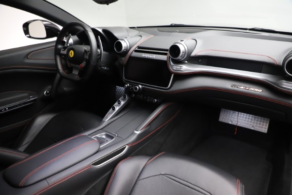 Used 2018 Ferrari GTC4Lusso for sale $209,900 at Alfa Romeo of Greenwich in Greenwich CT 06830 17