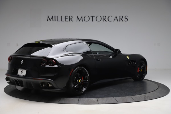 Used 2018 Ferrari GTC4Lusso for sale $209,900 at Alfa Romeo of Greenwich in Greenwich CT 06830 8