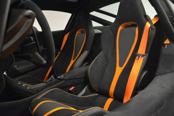 New 2019 McLaren 720S Coupe for sale Sold at Alfa Romeo of Greenwich in Greenwich CT 06830 20