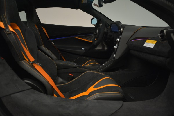 New 2019 McLaren 720S Coupe for sale Sold at Alfa Romeo of Greenwich in Greenwich CT 06830 22