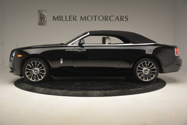 Used 2018 Rolls-Royce Dawn for sale Sold at Alfa Romeo of Greenwich in Greenwich CT 06830 18