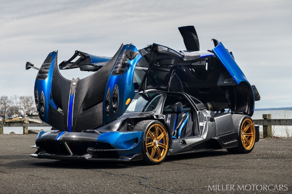 Used 2017 Pagani Huayra BC Macchina Volante for sale Call for price at Alfa Romeo of Greenwich in Greenwich CT 06830 12