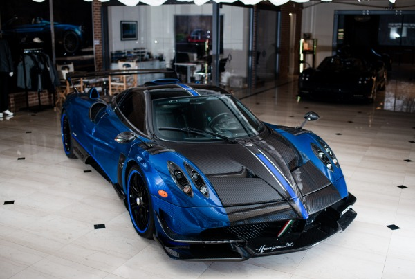 Used 2017 Pagani Huayra BC Macchina Volante for sale Call for price at Alfa Romeo of Greenwich in Greenwich CT 06830 5