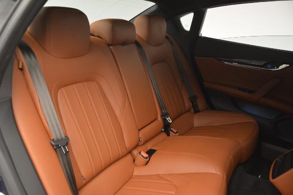 Used 2015 Maserati Quattroporte S Q4 for sale Sold at Alfa Romeo of Greenwich in Greenwich CT 06830 28