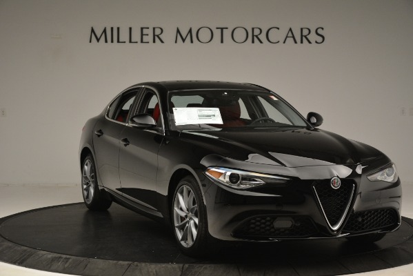 New 2019 Alfa Romeo Giulia Q4 for sale Sold at Alfa Romeo of Greenwich in Greenwich CT 06830 11