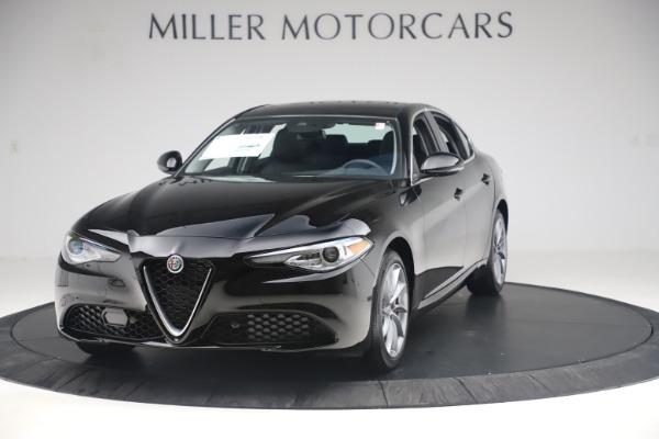 New 2019 Alfa Romeo Giulia Q4 for sale $46,140 at Alfa Romeo of Greenwich in Greenwich CT 06830 1