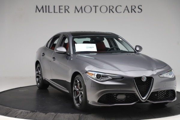 New 2019 Alfa Romeo Giulia Ti Sport Q4 for sale Sold at Alfa Romeo of Greenwich in Greenwich CT 06830 11