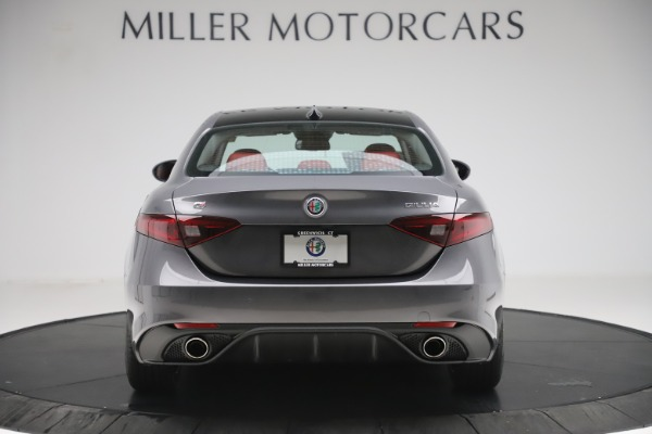 New 2019 Alfa Romeo Giulia Ti Sport Q4 for sale Sold at Alfa Romeo of Greenwich in Greenwich CT 06830 6