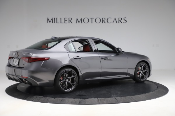 New 2019 Alfa Romeo Giulia Ti Sport Q4 for sale Sold at Alfa Romeo of Greenwich in Greenwich CT 06830 8