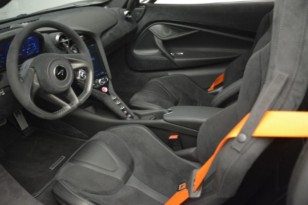 New 2019 McLaren 720S Coupe for sale $351,470 at Alfa Romeo of Greenwich in Greenwich CT 06830 16