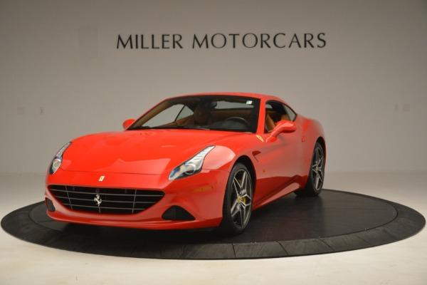 Used 2017 Ferrari California T Handling Speciale for sale $174,900 at Alfa Romeo of Greenwich in Greenwich CT 06830 13
